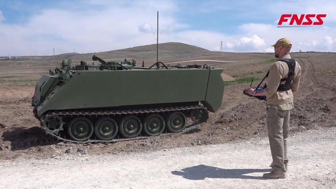 В Турции попытались объединить беспилотные бронированные машины с БПЛА