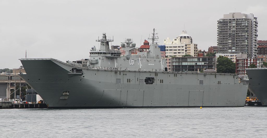 Avustralya HMAS Adelaide LHD