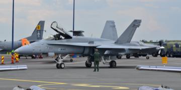 FInlandiya/F-18 Hornet