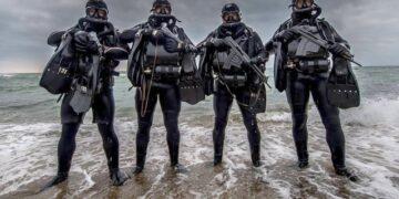 Rusya APS su altı silahı
